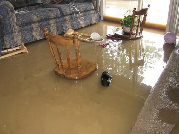 Water damage cleanup Flint MI